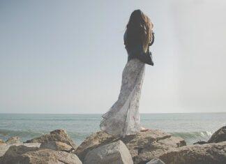 Sukienka maxi jest idealna na lato